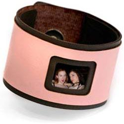 Smoy PhotoCuffs: Wear your hear on your sleeve. Create your own! :  scrapbook fashion girl photograph